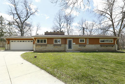 Muskego Single Family Home Active Contingent With Offer: W126s6391 Coleridge Ct