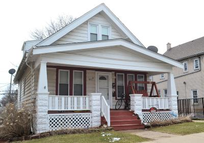 Two Family Home Active Contingent With Offer: 3711 E Layton Ave