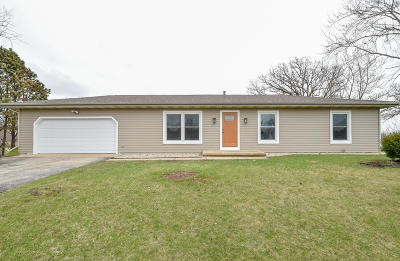 Elkhorn Single Family Home Active Contingent With Offer: N6642 Maple Rd