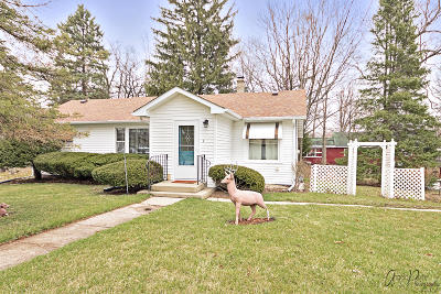 Genoa City Single Family Home Active Contingent With Offer: N1126 Hemlock