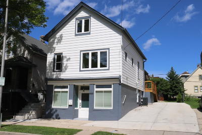 Milwaukee Single Family Home Active Contingent With Offer: 1850 N Arlington Pl