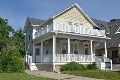 Racine Single Family Home For Sale: 1338 Main St
