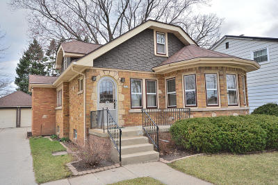 West Allis Single Family Home Active Contingent With Offer: 2735 S 109th St