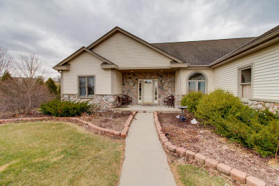 Washington County Single Family Home For Sale: 8433 Stacy Dr