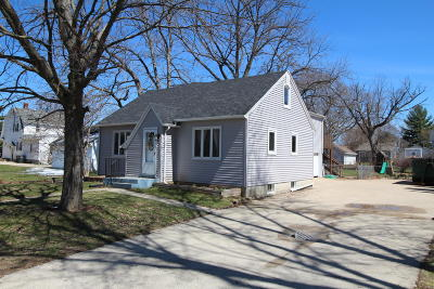 Waukesha County Single Family Home For Sale: 619 S Main St