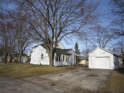 East Troy Single Family Home For Sale: 2170 Division St
