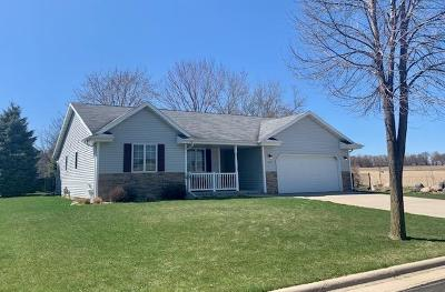 Fort Atkinson Single Family Home For Sale: 1213 Shawnee St