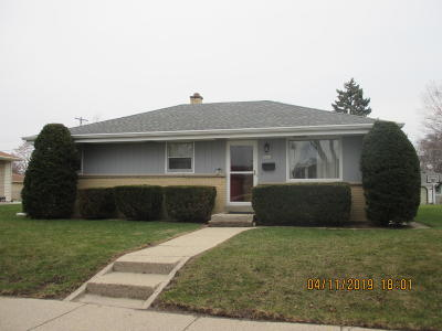 Milwaukee Single Family Home For Sale: 7412 W Burdick Ave