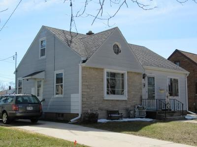 Sheboygan Single Family Home For Sale: 1833 Geele Ave