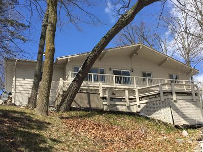 Elkhorn Single Family Home For Sale: W5433 Lost Nation Rd