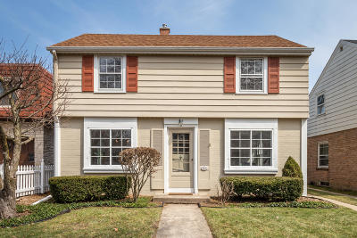 Milwaukee County Single Family Home For Sale: 5544 N Kent Ave