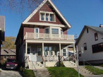 Milwaukee Multi Family Home For Sale: 2558 N Frederick Ave