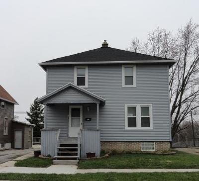 Sheboygan Falls Single Family Home Active Contingent With Offer: 142 York St