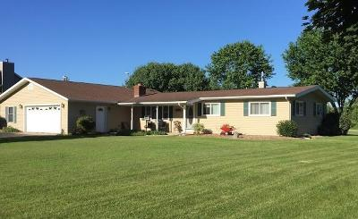 Whitewater Single Family Home Active Contingent With Offer: N8766 Cloverleaf Ln