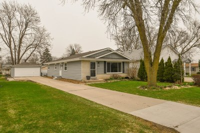 Milwaukee County Single Family Home For Sale: 5952 S 32nd St