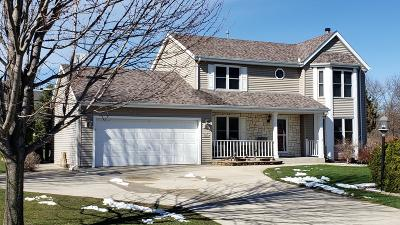 Waukesha County Single Family Home Active Contingent With Offer: S77w16822 Casey