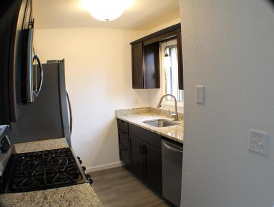 Milwaukee Condo/Townhouse For Sale: 8014 N 94th St #10