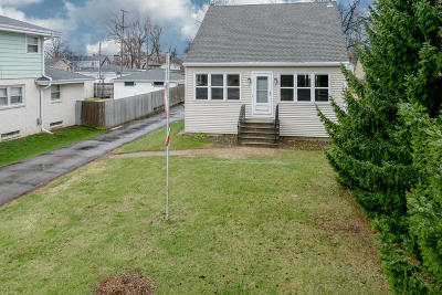 West Allis Single Family Home Active Contingent With Offer: 10531 W Oklahoma Ave