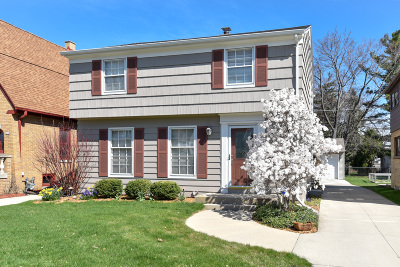 Whitefish Bay Single Family Home Active Contingent With Offer: 412 E Hampton Rd