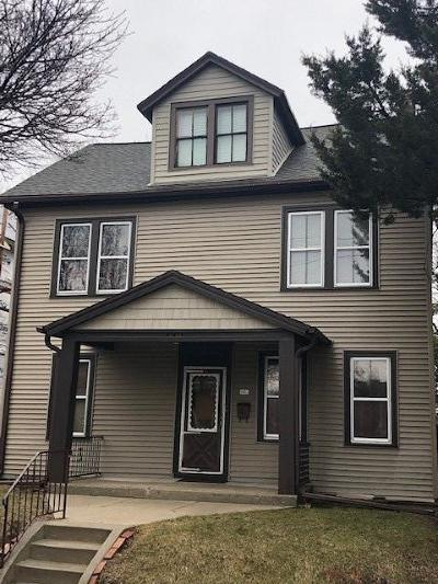 Sheboygan Single Family Home Active Contingent With Offer: 520 S Water