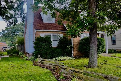 Milwaukee County Single Family Home For Sale: 8608l W Burleigh