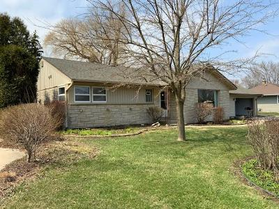 Milwaukee County Single Family Home For Sale: 9019 N Mohawk Rd