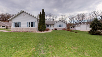 Trempealeau Single Family Home For Sale: 24624 9th St