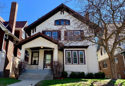 Milwaukee Single Family Home For Sale: 3014 N Farwell Ave
