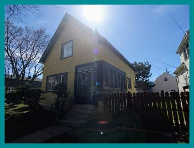 Milwaukee County Single Family Home For Sale: 2573 S 29th St