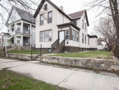 Milwaukee County Single Family Home For Sale: 2406 N 7th