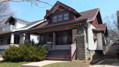 Milwaukee County Single Family Home For Sale: 1350 N 42nd St