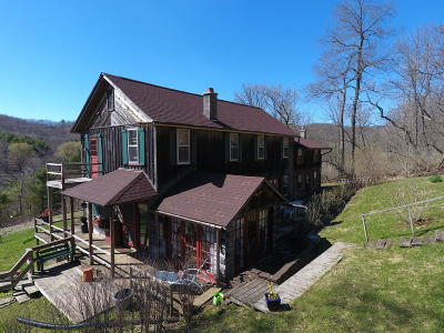 Vernon County Single Family Home Active Contingent With Offer: S4198 Munson Rd