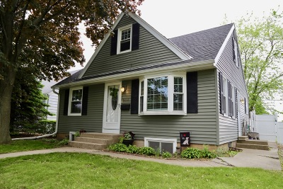 Milwaukee County Single Family Home For Sale: 6312 W Cleveland Ave