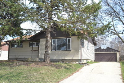 Milwaukee County Single Family Home For Sale: 5464 N 107th St
