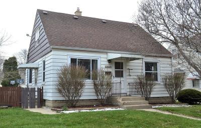Milwaukee Single Family Home For Sale: 3541 S Clement Ave