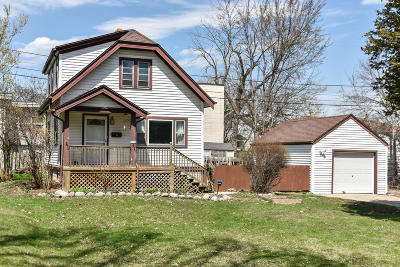 Wauwatosa Single Family Home For Sale: 7726 Eagle St