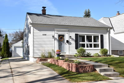Milwaukee County Single Family Home For Sale: 2341 N 84th St