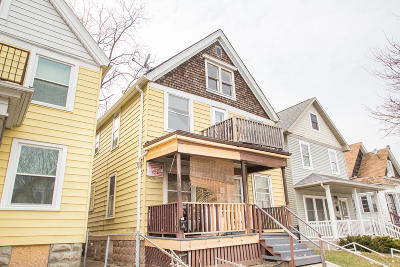 Milwaukee WI Multi Family Home For Sale: $170,000