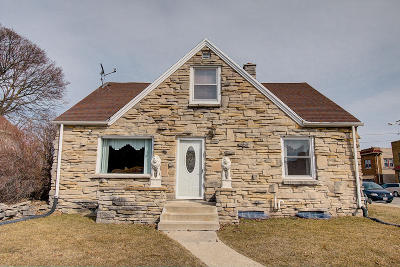 West Allis Single Family Home Active Contingent With Offer: 7428 W Becher St