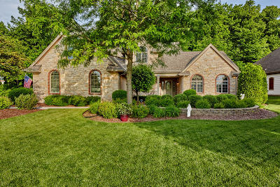 Germantown Single Family Home For Sale: W147n9955 Emerald Ln