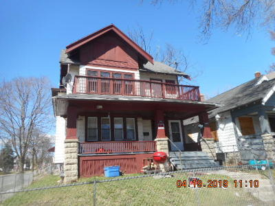 Milwaukee Two Family Home For Sale: 2501 N 38th St