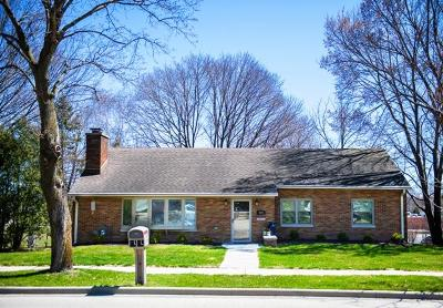 West Bend Single Family Home Active Contingent With Offer: 805 S 7th Ave