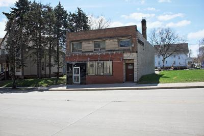 Milwaukee Multi Family Home For Sale: 419 W Keefe Ave #423