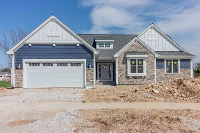 Single Family Home For Sale: W235n6568 Outer Cir