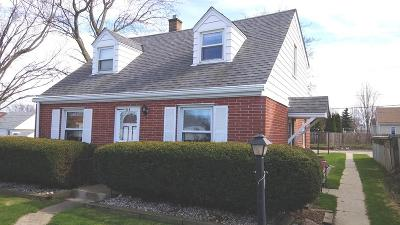 South Milwaukee WI Single Family Home For Sale: $153,800