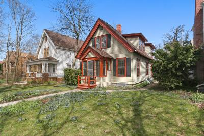 Shorewood Single Family Home Active Contingent With Offer: 2516 E Stratford Ct