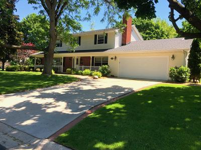 Fort Atkinson Single Family Home For Sale: 1225 Orchard Ln
