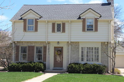 Single Family Home For Sale: 2610 N 90th St