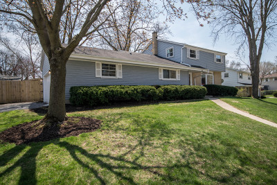 Waukesha Single Family Home Active Contingent With Offer: 1433 Atlantic Dr
