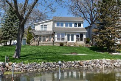Racine County Single Family Home For Sale: 6405 N Tichigan Rd
